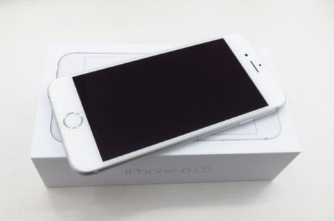 iPhone 6s 64GB SoftBank [シルバー]