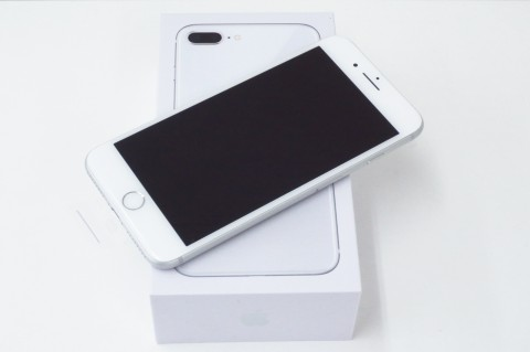 iPhone 8 Plus 64GB SoftBank [シルバー]